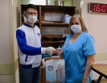 YuSU representatives sewed 180 protective masks and donated them to the hospital